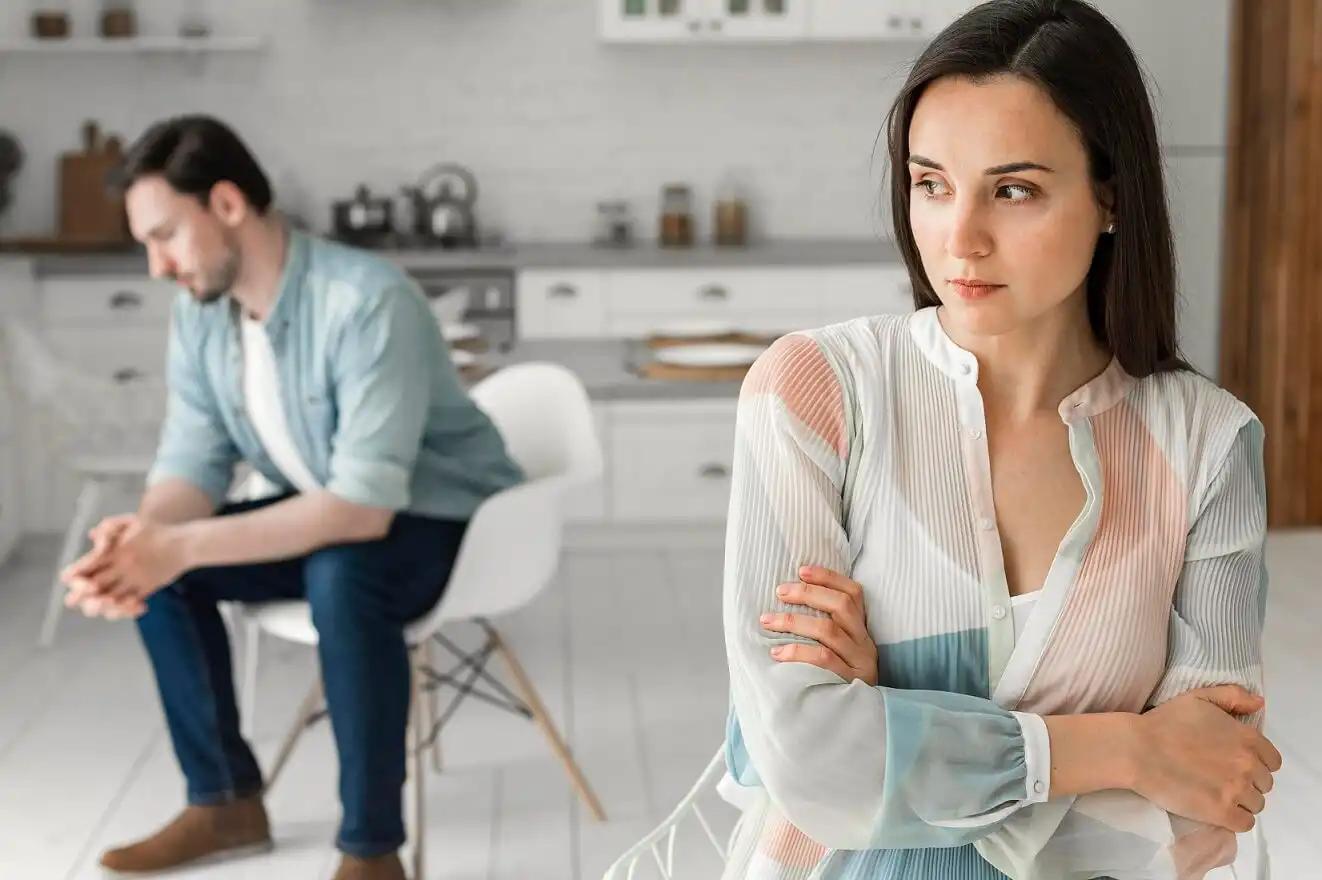 Couple having a quarrel before divorce
