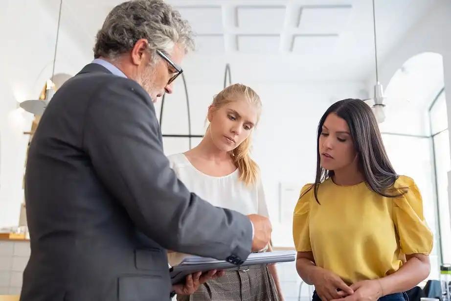 consulting divorce attorney
